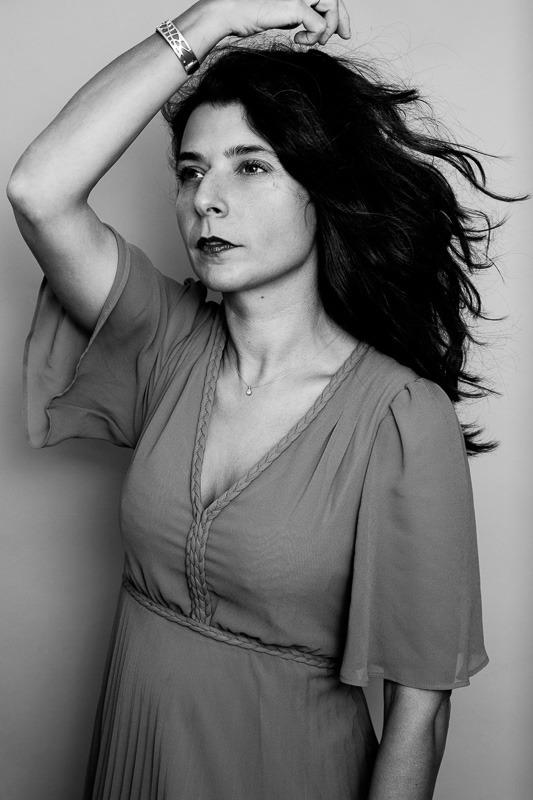 photo noir et blanc portrait créatrice personal branding ©Florence Moncenis /VelvetStudioPhoto