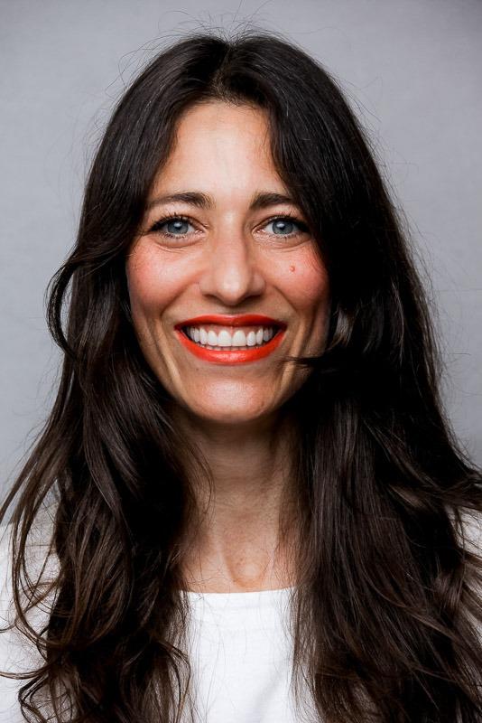 photo portrait personal branding d'une femme active pour les réseaux sociaux